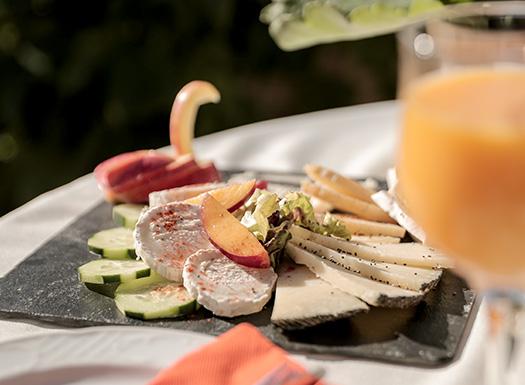 Vegetarisches Essen erwartet Sie in der Yoga Finca Son Mola Vell