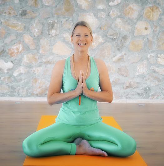 Yogalehrerin Kerstin Franke auf der Yoga Finca Mallorca
